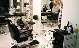 Casacapelli salonas ieško grožio meistrų